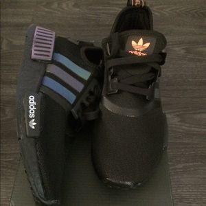 adidas Shoes | Nib Nmd R1 Size 35